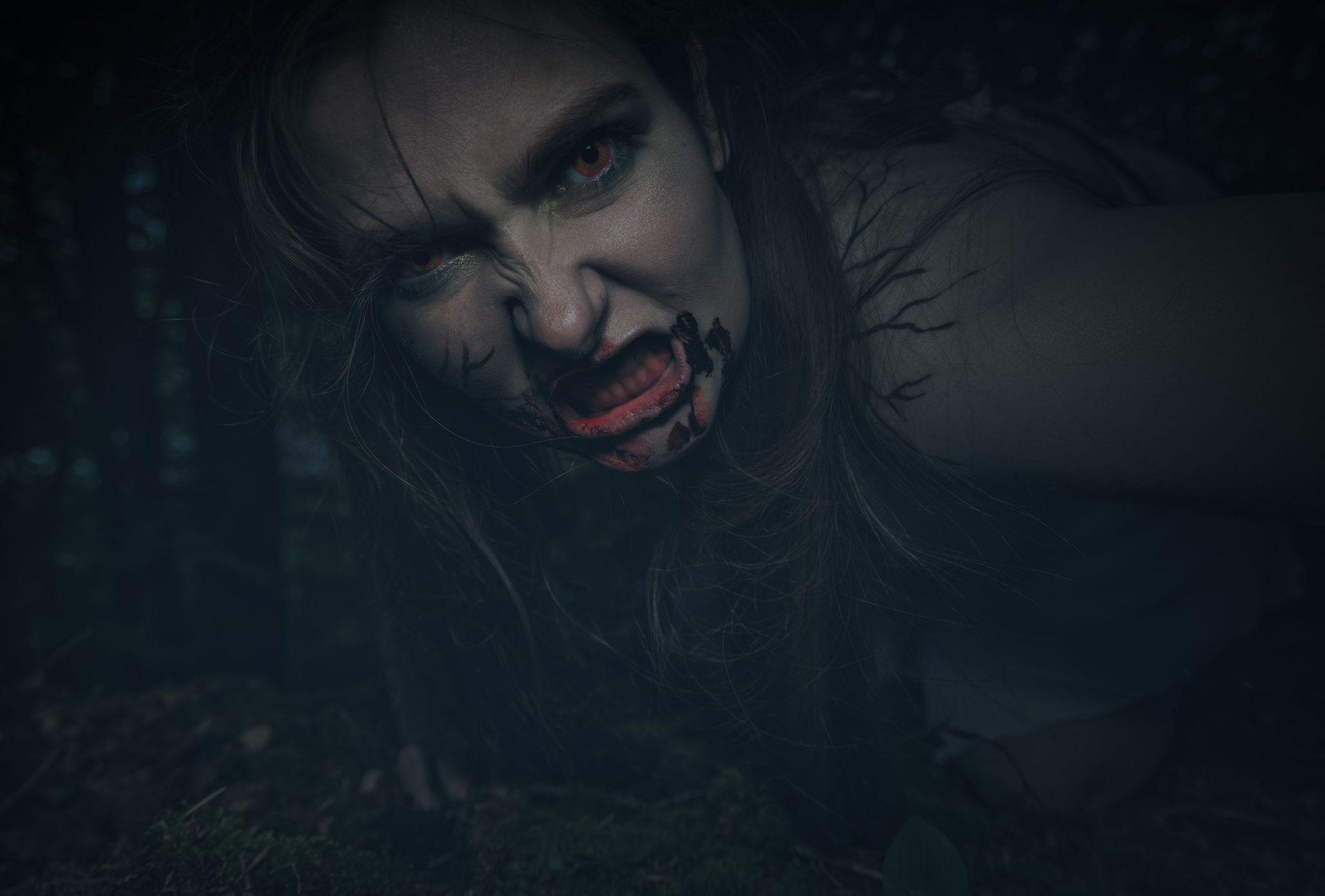 Monstre i Mørket Dorf Møllegård ellekvinde