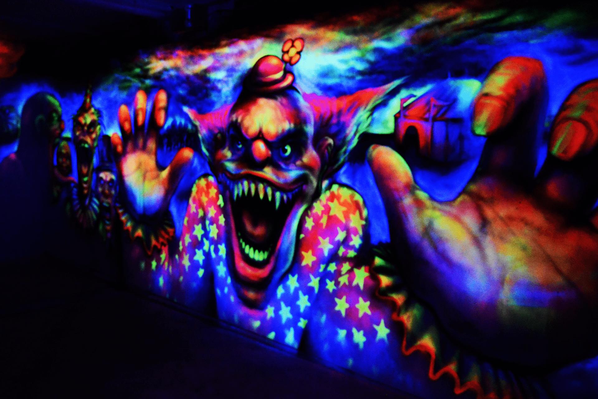 Cirkus DYSTOPIA Tivoli Friheden Halloween klovnevæg